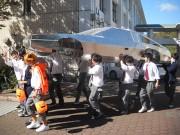 和歌山・田辺工業高校の生徒が「デロリアン」製作 「学校のシンボルに」