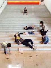 和歌山県立近代美術館で「こども美術館部」 和歌山大学美術館部が協力