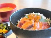 和歌山・美浜にアメリカ村食堂「すてぶすとん」 店名はカナダの港町に由来