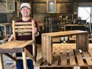 和歌山・有田川町の家具店「SIL」が1周年 木材パレットをアップサイクル