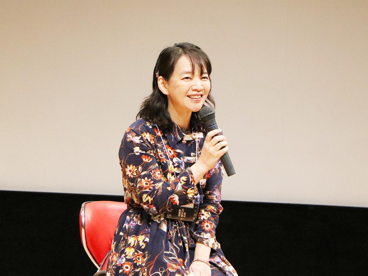 田辺・弁慶映画祭で舞台あいさつに登壇した安田真奈監督