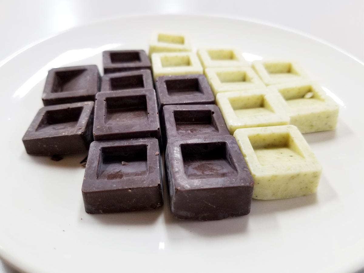 サンショウ生産量日本一の町で販売される「山椒チョコ」