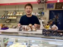 和歌山・有田川町の菓子店「弁天堂」が85周年 シュークリームを新たな名物に