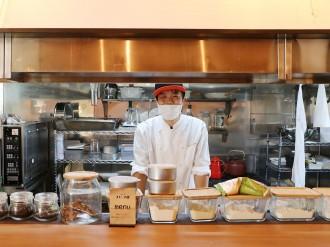 和歌山に洋菓子店「ハレノヒ」 対面カウンター、掘りごたつなどイートイン20席