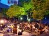 和歌山市民会館前で「夕暮れジャズカフェ」-夏の人気音楽イベントに