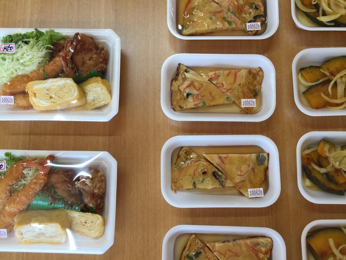 一人暮らしの高齢者にも便利な少量パックの総菜は150円から