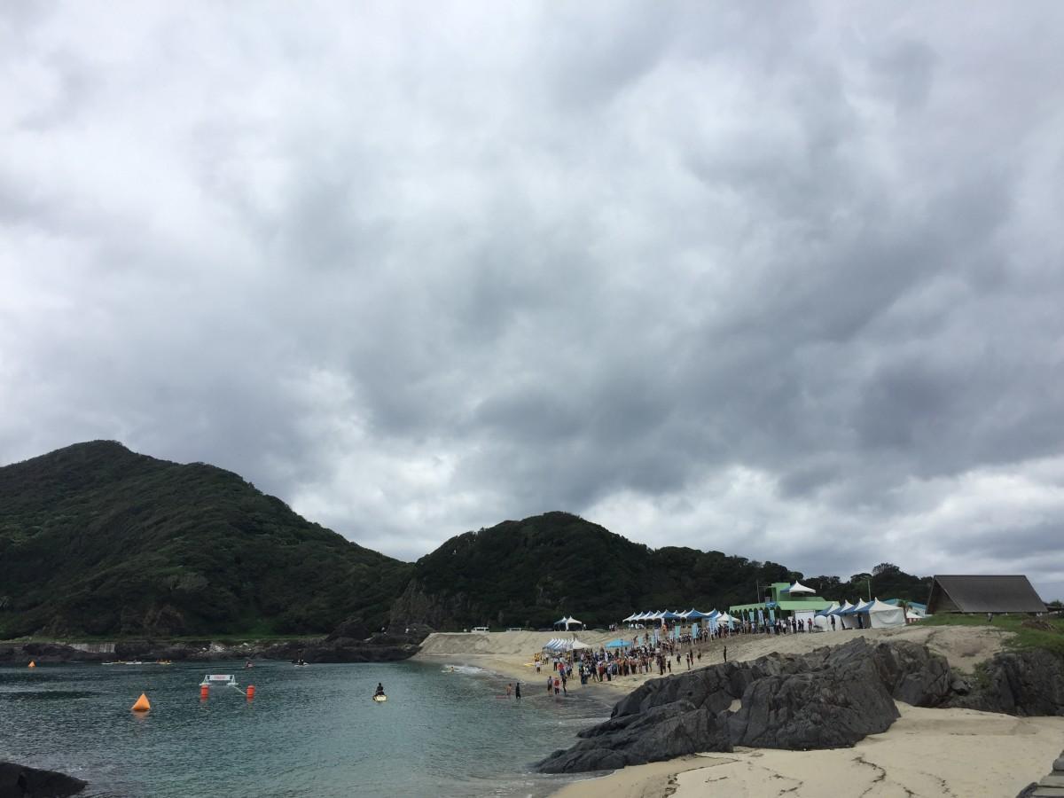 波が穏やかで高い水質を誇る「一湊海水浴場」