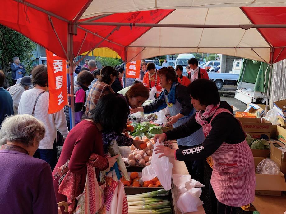 野菜の格安販売コーナー
