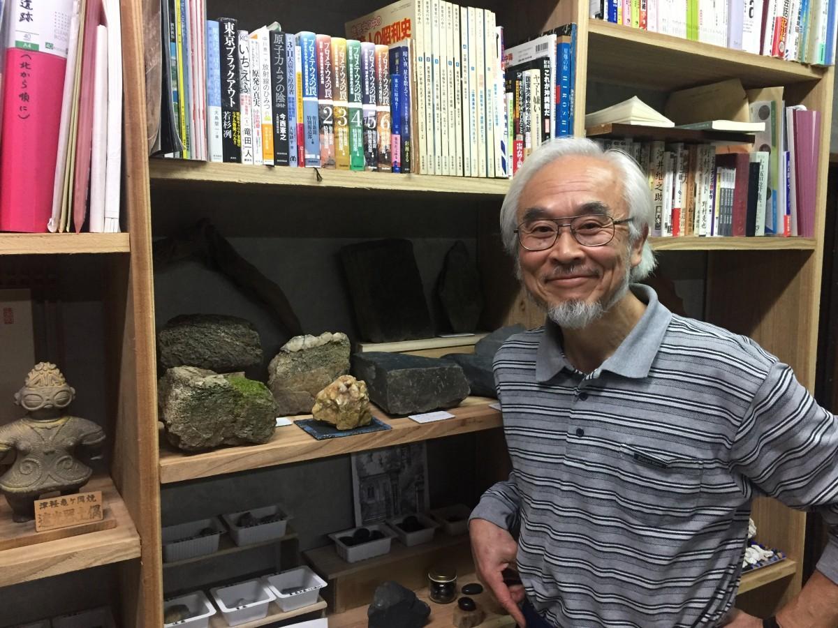 「呑み屋 いちやく」オーナーの石川さんは、元高校教師