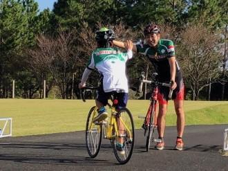 屋久島の陸上競技場で6時間耐久レース 外周道路をマイペースでサイクリング