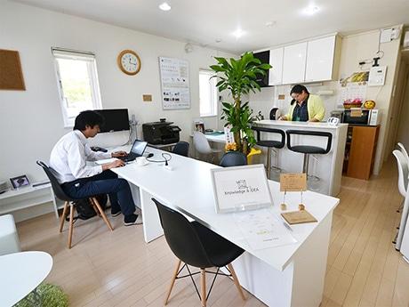 5月7日にオープンした「コワーキングスペースなれあい山形県庁前店」