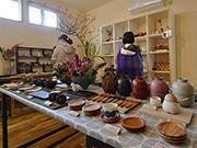 山形で漆器と陶器の「いろのうつわ展」 子どものための器も