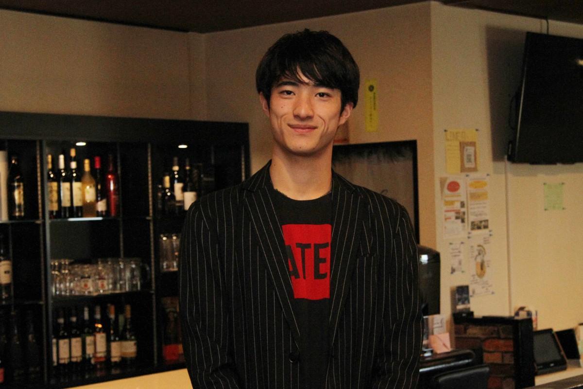 イベント主催者の」のスレーマン鈴木ケンさん