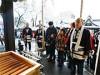 山形・湯殿山神社で「元旦祭」-つきたて餅の振る舞いも