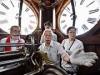山形・文翔館で時計塔見学会 祖父考案の時計守る、時計職人が案内