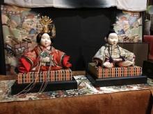 山形・河北町のカフェでひな人形など展覧会 古布やリメーク材販売も