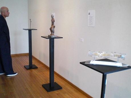 菊川画廊に展示する作品の様子
