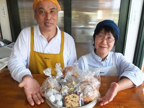 同店の福田圭子さんと佐木代さん