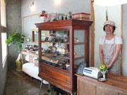 宇部・新川にパン店「ベンチ」-天然酵母の食パン、カフェスペースも