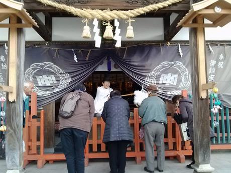 中津瀬神社で祈願を受けた前回の様子