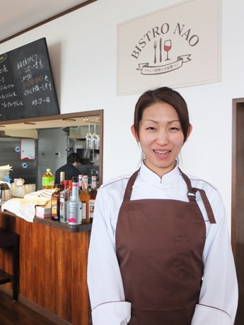 「地域の方に愛される店にしていきたい」と山中直美さん
