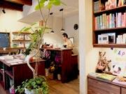 山陽小野田・厚狭の「佐々木書店」が刷新 カフェ併設、創業100年目指す