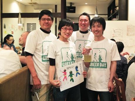 まこっこ農園の才木誠さん・祥子さん、やまと屋!其の二の山本裕之さん、ル・マルカッサンの五十嵐攻さん(左から)