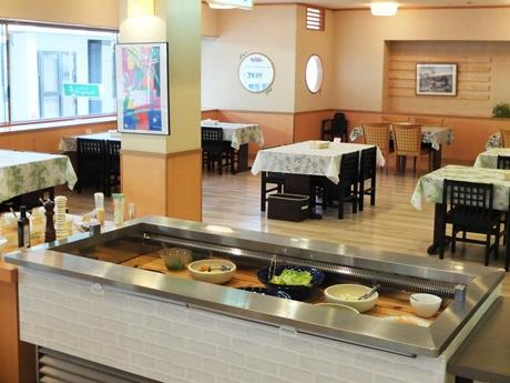 有機野菜をメインに提供する「野菜工房キッチン」店内