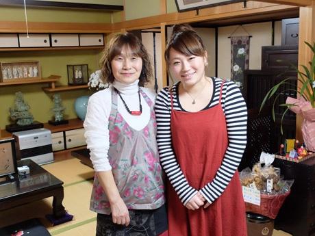 山陽小野田・厚狭に自宅カフェ「茶房izumi」 和洋のアンティーク食器でもてなし