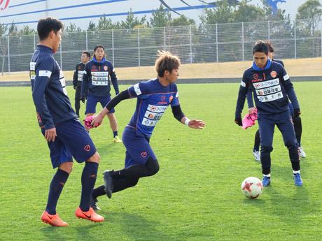 今季1得点を挙げている小塚和季選手(中央)