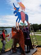 宇部ときわ公園、「UBEビエンナーレ」彫刻の搬入ピークに 作家が制作公開も