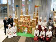 宇部のホテルに「お菓子の城」登場 クリスマス前に、パティシエの卵考案