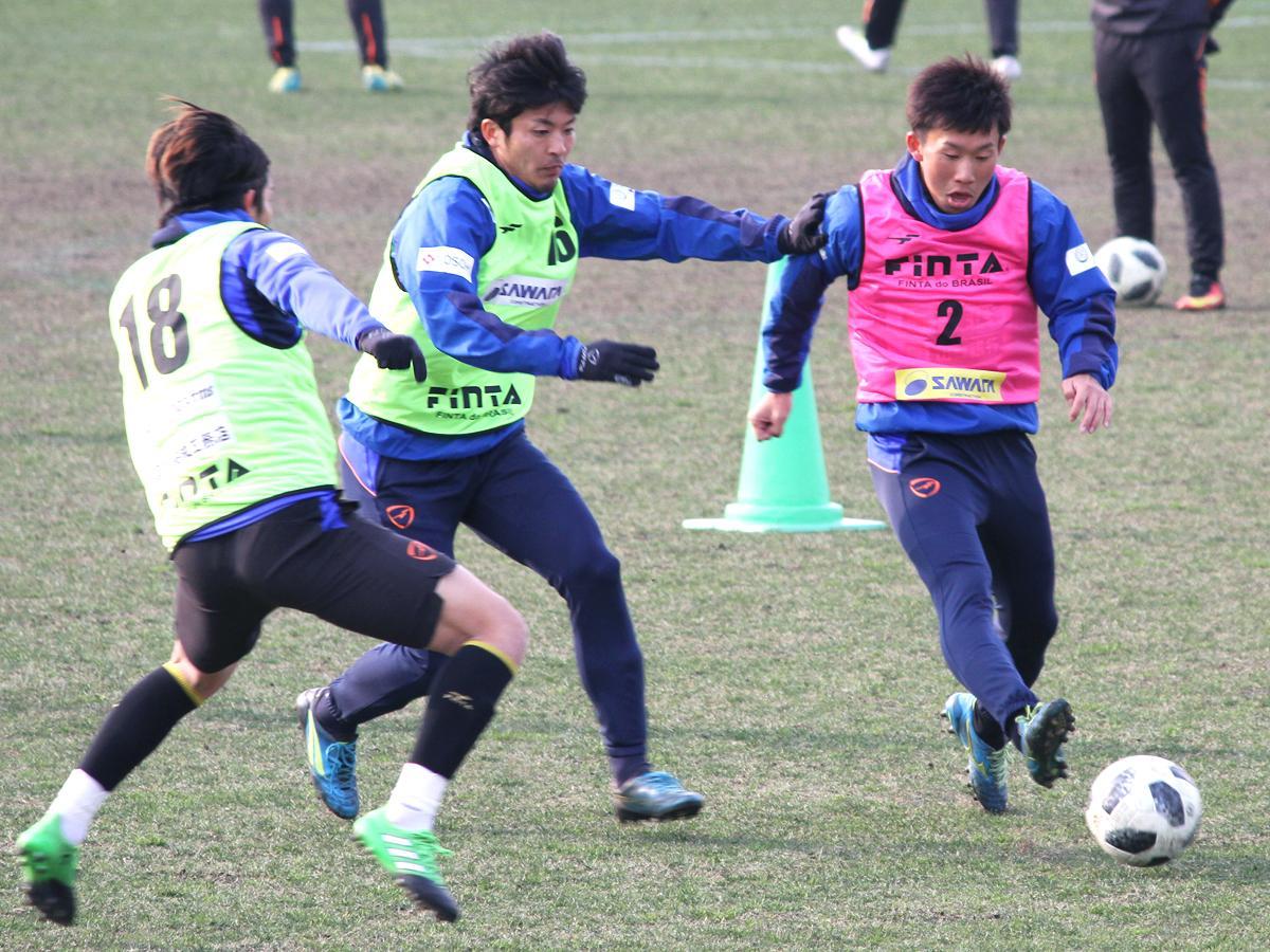 県立おのだサッカー交流公園(山陽小野田市)での練習の様子
