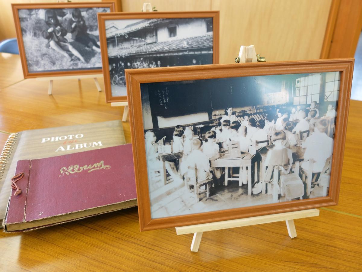 JR於福駅構内で「懐かしの写真展」 昭和時代の写真展示、「レトロ」スペースも