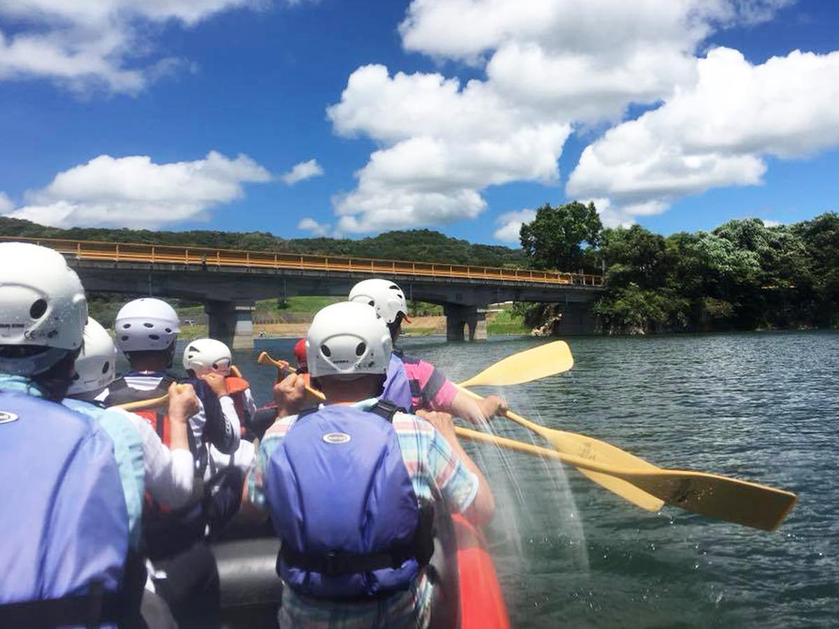 小野湖では「Eボート体験」を実施する(アクトビレッジおのへの事前申し込みが必要)