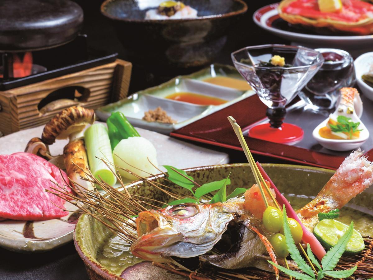 日本料理店「雲海」が提供する「特別会席 北陸の旅」
