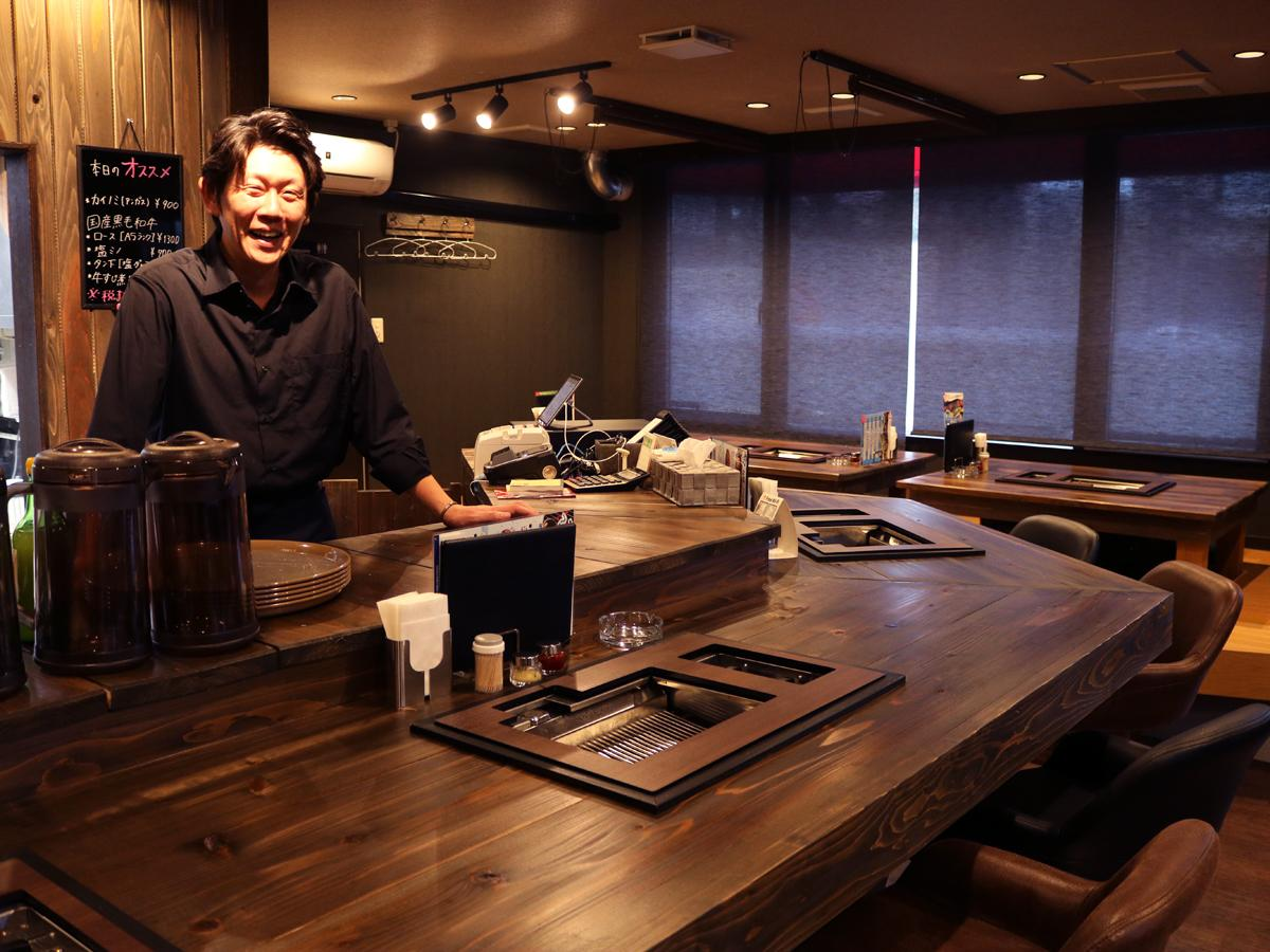 「満足していただける接客を心掛けたい」とペットラジ店主の吉村さん