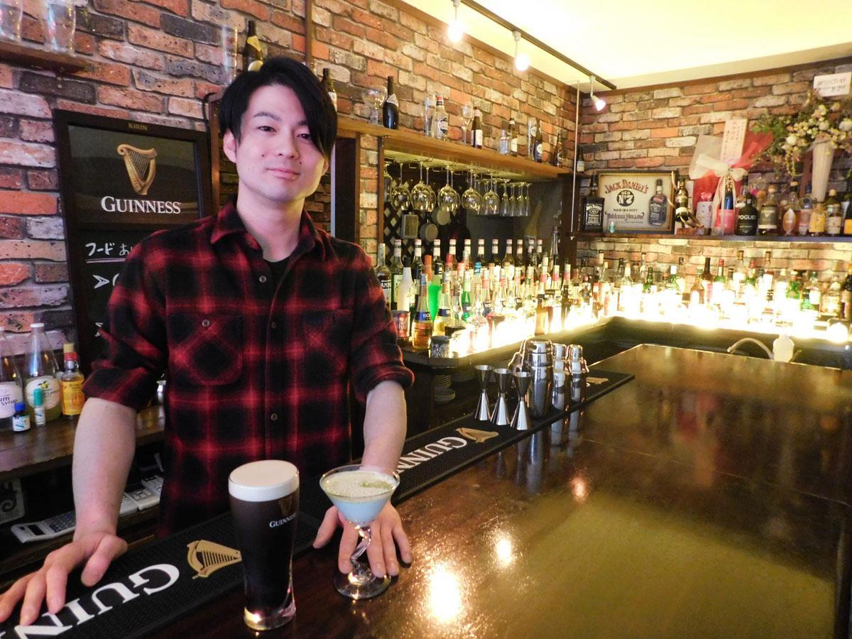 「ギネスビールとカクテルの両方を楽しめるのが持ち味」とオーナーの原裕さん