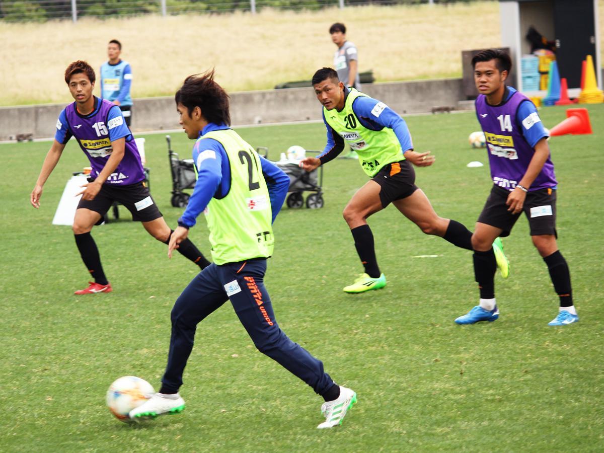 6月4日は午前と午後の二部練習を、県立おのだサッカー交流公園(山陽小野田市)で行った