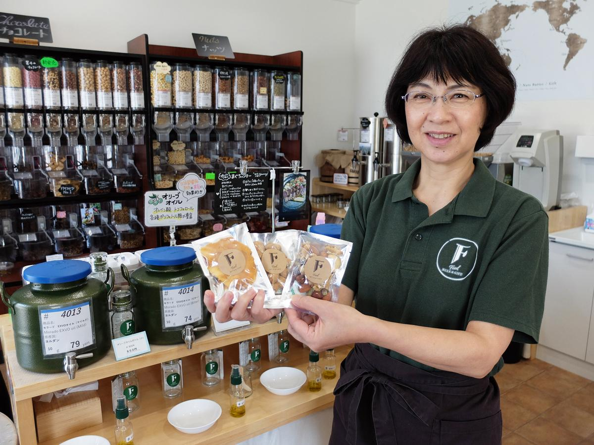 食生活アドバイザーや薬膳アドバイザーなどの資格を持つ店主の藤本美砂子さん