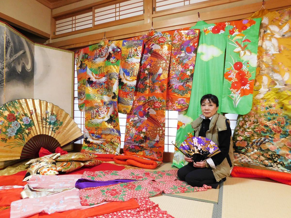 萩の「花魁」着付け店が2周年 人力車で萩観光、「女性の生き方を形に」