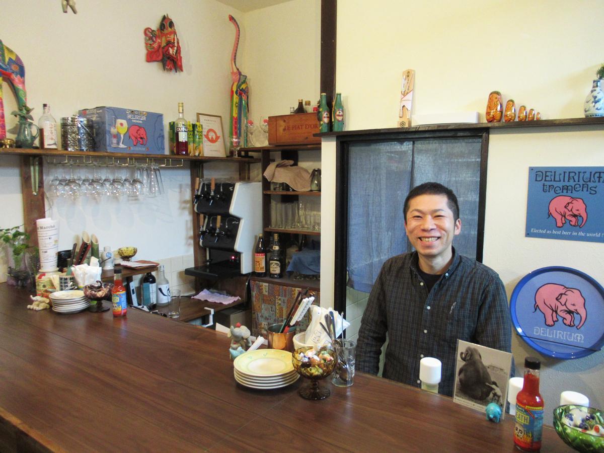 「可愛い象を見に来てほしい」と店主の田中耕治さん