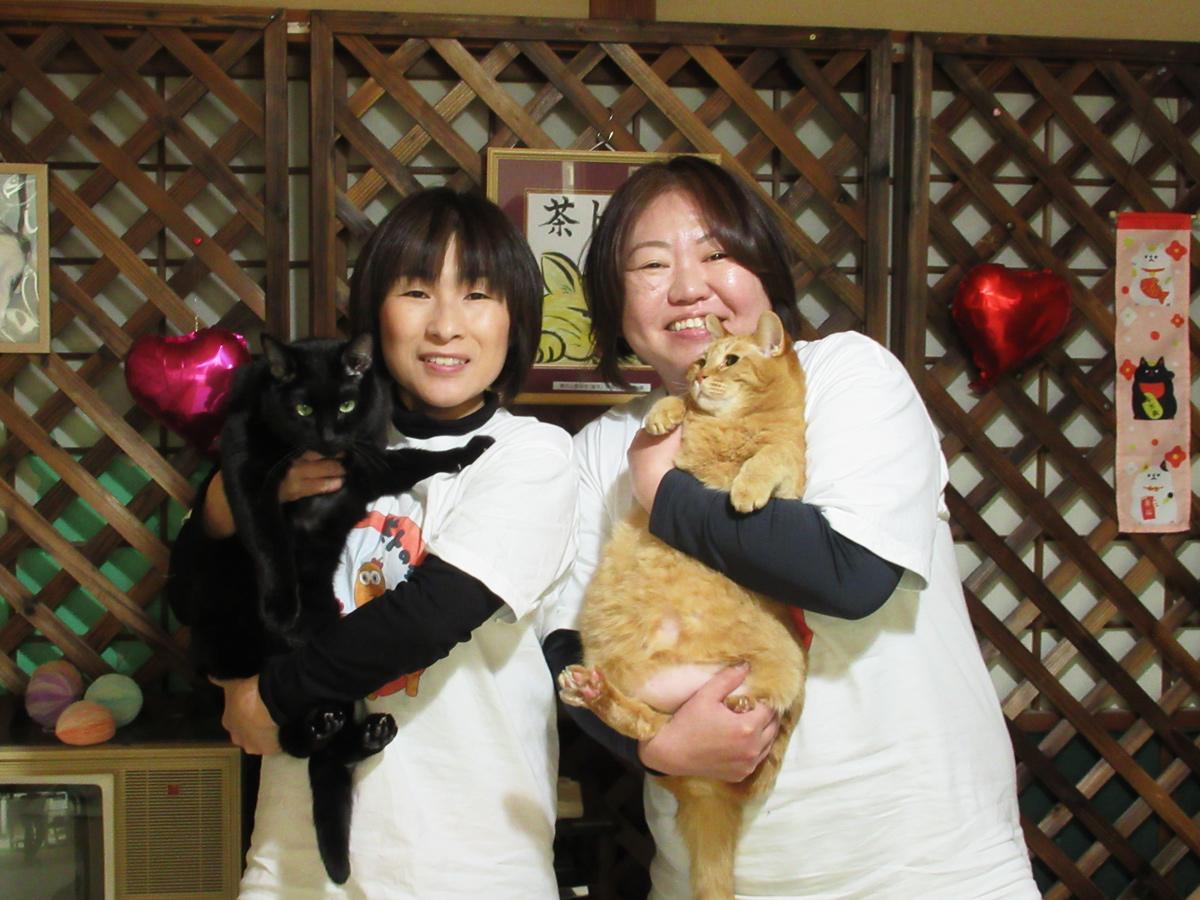 「まだまだ小さな一歩だがちょっとずつ進んでいきたい」と代表の古屋美由紀さん(写真左)