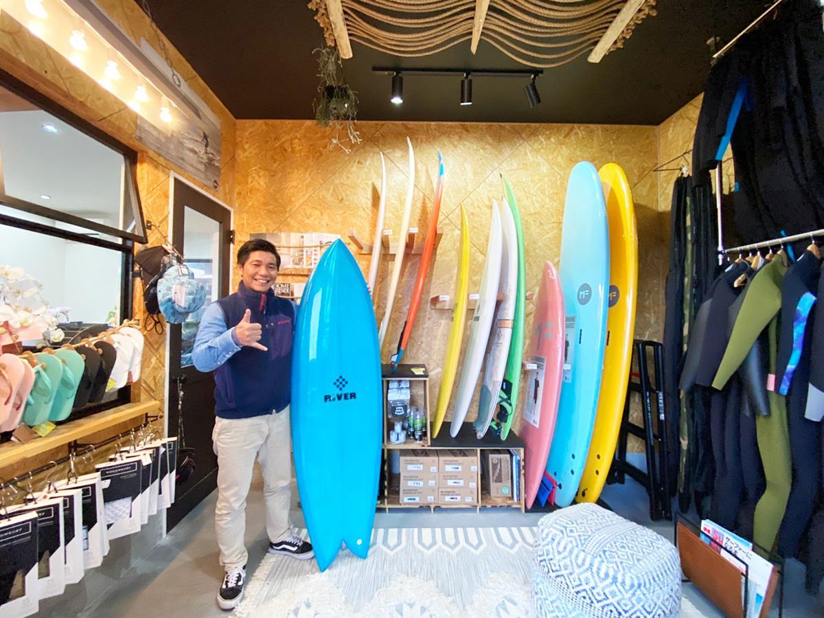 「サーフィンを通して人生の豊かさを伝えたい」と瀧口さん