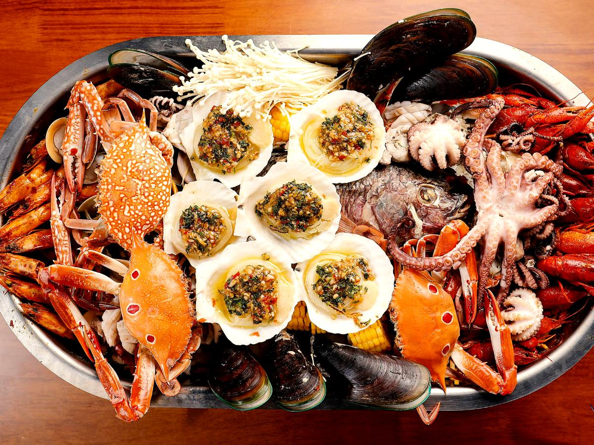 「BOM - Based On Mala」の海鮮料理