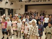 横須賀で市民ミュージカル「ナミとチャル~黒船がやってきた」-60人が舞台に