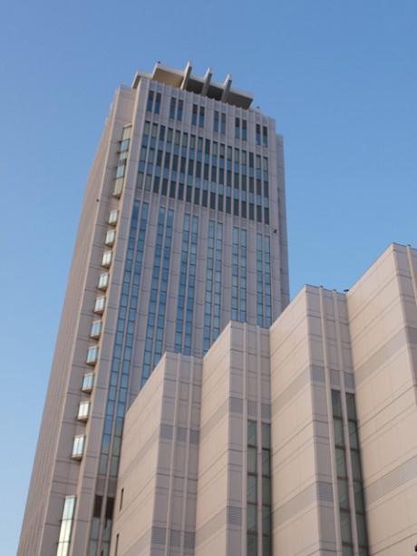 仏系ホテル「メルキュールホテル横須賀」がオープン。横須賀芸術劇場に隣接し、ヴェルー公園、横須賀本港にも近い好立地