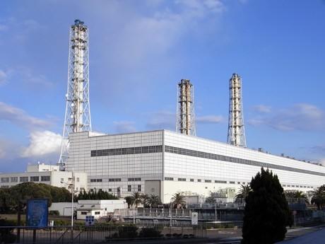 長期計画停止となっていた横須賀火力発電所。夏までに運転再開が決まった