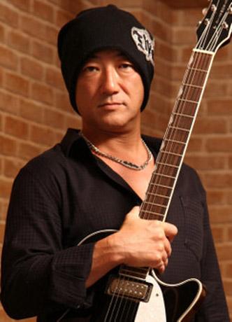 横須賀在住のジャズギタリスト・杉本篤彦さんらが出演