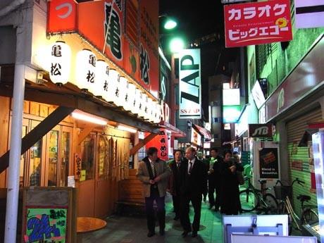 ディープな居酒屋など約90店舗が参加する「横須賀ちょい呑みフェス」